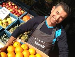 Mehmet-Baran-voor-winkel